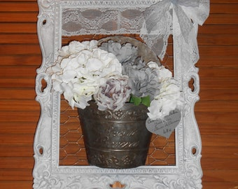 """Frame of yesteryear """"Garden Roses of Provence"""""""