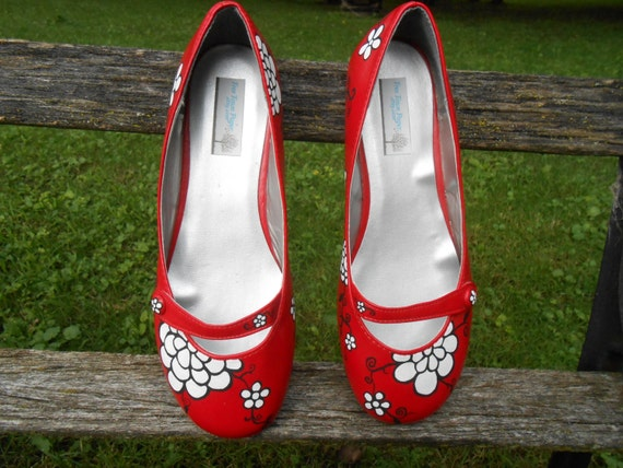 Red Bridal Flats, Hand Painted. Size 8. Black & White Flowers. Wedding Accessories, Shoes.