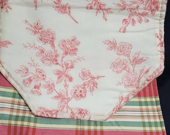 Table Runner Pink flowers, plaid double sided