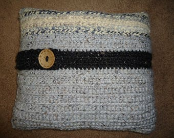 HAND KNIT PILLOWS