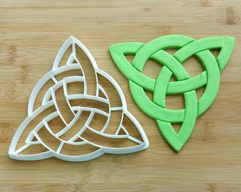 Triune cookie cutter | Charmed | Wiccan | Gift | Dough cutter | Baking supply | PLA | 3D print | Triune | Gingerbread | Clay cutters | Dough