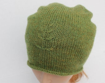 Hand Knit Green Slouchy Hat. Knit Leaf Beanie. Hand Knit Women Hat. Knit Women Wool Slouchy Hat.