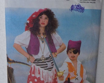 Children's Pirate Costume Pattern, Butterick #6730., From 1988.