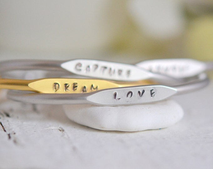 Personalized Simple Bangle Bracelet in Silver or Gold. Gift. Personalized Bracelet. Christmas Gift. Holiday Gift.