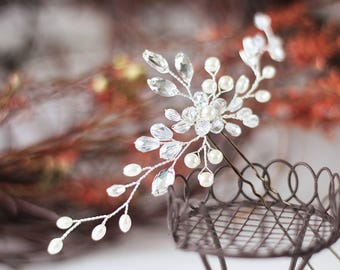 Bridal Hair Pin Bridal hair clip Bridal hair accessories Pearl Crystal hair pin Floral headpiece Boho hair pins Bridal hair flower Hair pins