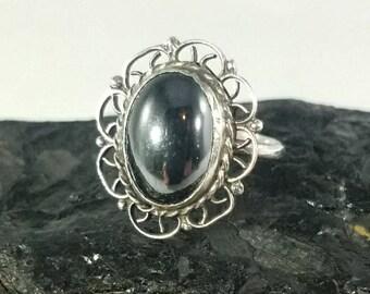 Vintage Sterling Silver Black Hematite Stone Ring Size 6