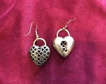 Queen of Hearts Lock earrings