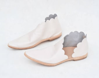 Scalloped bridal booties.