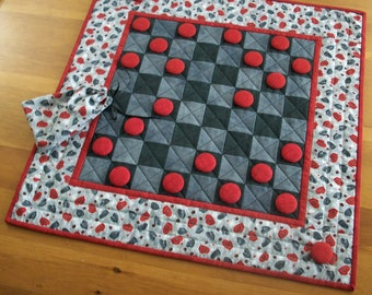 Snow Day Activity Kids Checkers Game Quilt | Mittens Checkerboard Quilted Game | Winter Vacation Indoor Fun Game Board | Winter Quilt Decor