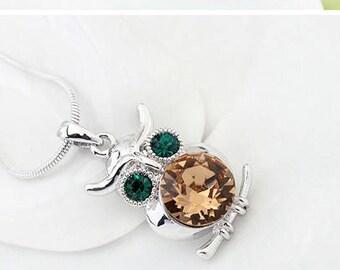 Owl Gemstone Necklace (Citrine)
