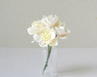 40  mm /  5  Cream Paper Lotus