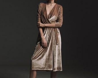 Camel velvet dress with silk shirt