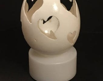 Carved Hearts eggshell
