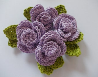 4 crochet roses with leaves - lilac