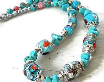 Türkis Lampwork Kette. Türkis Halskette der Handwerker. Handgefertigte Murano Glas Halskette. Boho Perlen Halskette Böhmische Glasperlen