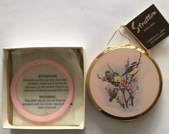 Vintage Stratton Compact Pink Birds Chickadees Boxed and Tagged