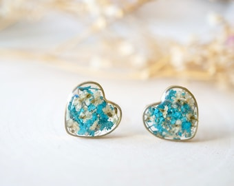 Real Dried Flowers and Resin Heart Stud Earrings in White and Teal Green