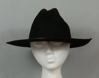 Black western hat Youth large Black wool hat Pristine condition Vent holes each side Texas hat Made in the USA Cowboy dress hat Black Fedora