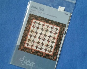 """Basket Quilt by Alex Anderson for C&T Publishing, 49"""" x 49"""" square quilt pattern, uncut sewing pattern 80041"""