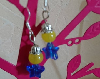 Original gift earrings my FELLOWS yellow and blue