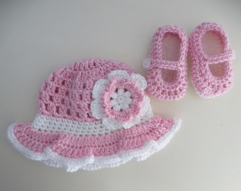 Crochet Newborn Sun Hat and Mary Jane Shoe Set Baby Pink and White Flower Embelishment Going Home Outfit Photo Prop New Baby Girl Gift