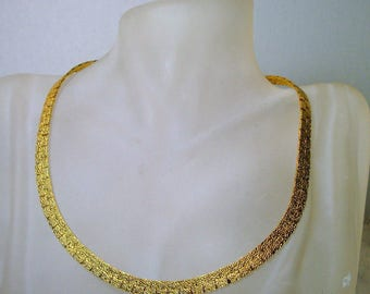 Gold Flat Ribbon Necklace, Mid Century Modern Neckband, Textured Shiny Gold Flat Linked Necklace, Elegant, Understated Glam