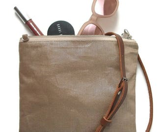 Casual CrossBody Purse in Metallic Linen