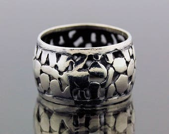 Unique Bali Style Silver Ring // 925 Sterling Silver // Ring Size 8 // Handmade Jewelry