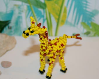 Beaded animals: giraffe beads