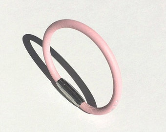 Round pink petal leather Ring bracelet for woman