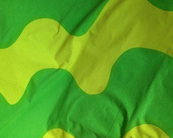 FREE SHIPPING - MARIMEKKO 3 tone green waves print 100% cotton duvet cover, size 200 cm x 148 cm, 1 pcs