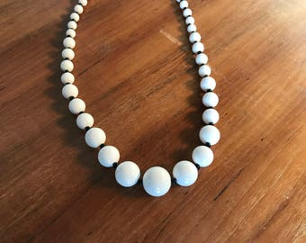 Vintage Retro White and Black Beaded Lucite Necklace