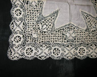 Wedding Handkerchief Bride, Antique Lace Ivory Bridal Handkerchiefs, Love knots
