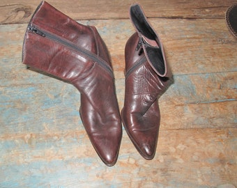 Brown Leather Vintage Ankle Boots with Stacked Heel  Made in Italy Ladies Euro Sz 37 / US Size 7