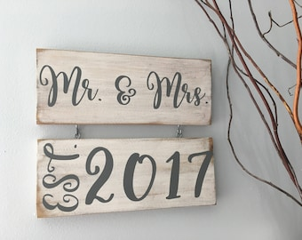 Mr. & Mrs. and Established Signs/Bride and Groom Signs/Mr. and Mrs. Sign/Wedding Sign/Newlywed Sign/Wedding Gift Sign/Wedding Date Sign