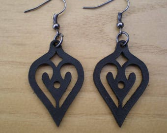 Laser cut leather earrings for womens 01. You can choose the color and size.