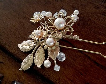 Wedding Hair Pin with Ivory Pearls and Crystals, OOAK Gold Pearl Hair Pin, Crystal Hairpiece, Bridal Headpiece, Ready to Ship