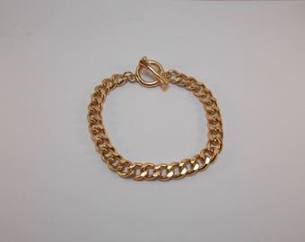 beautiful goldtone mesh bracelet