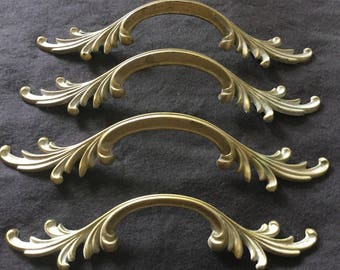 """WOW Antiqued Brass Colored Drawer Pulls 5"""" Center 9"""" Total Length"""