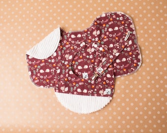 Baby gift set Baby shower Newborn Bib Burp cloth Paciclip Animals Baby girl Squirrels Hedgehogs Flannel Chenille Little Tommys Baby girl