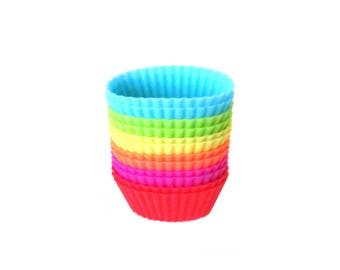 Mini Oval Silicone Baking Cups / Tiny Reusable Pastry Molds / Oval Shaped Cupcake Candy Muffin Baking Liners / Kids Bakeware Miniature