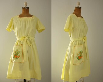 1950s Swirl wrap dress | vintage 50s yellow apron dress
