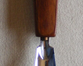 Vintage Dressing Mid Century Shoe Horn Wood Wooden Pheasant Walnut Cherry Haberdashery Valet Accessory