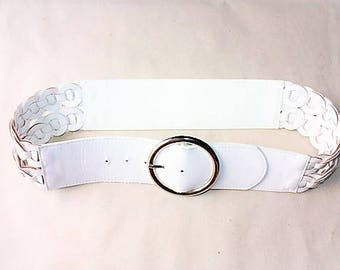 White Vintage Belt ... a Fashionista Statement Piece can fit for Size M and L