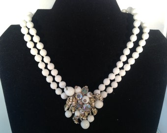 Signed Vendome White Beaded and Rhinestones Necklace 0445