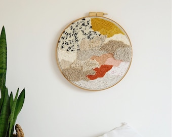 Embroidery framed Punch Needle - round