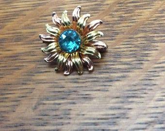 Van Dell floral brooch- 1/20 12k gold filled