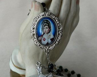 St Winehouse Rosary Black Rose Shaped Beads