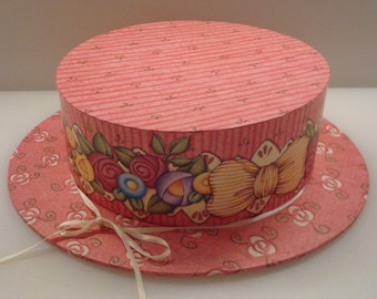 Vintage Mary Engelbreit Pink Flowered Cardboard Hat Box - Michel & Co. - Excellent Vintage Condition!!
