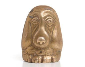 Basset hound, basset, dog figurine, brass dog, brass figurine, miniature, desk accessory, paperweight, veterinarian gift,hound dog,dog lover